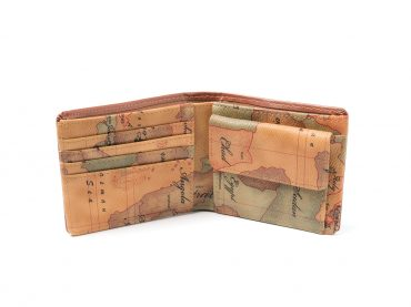 Wallet – World map print / Folded wallet / Brown